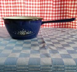 steelpan - donkerblauw & witte bloemen - 1 liter - met schenktuit