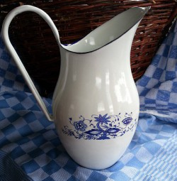 waterkan - wit & blauwe bloemen - 2 liter