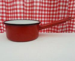 steelpannetje - rood & spikkeltjes - 600 ml