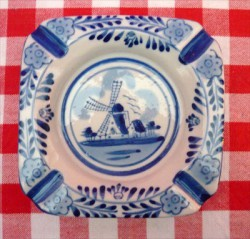asbak - vierkant - delfts blauwe kleur